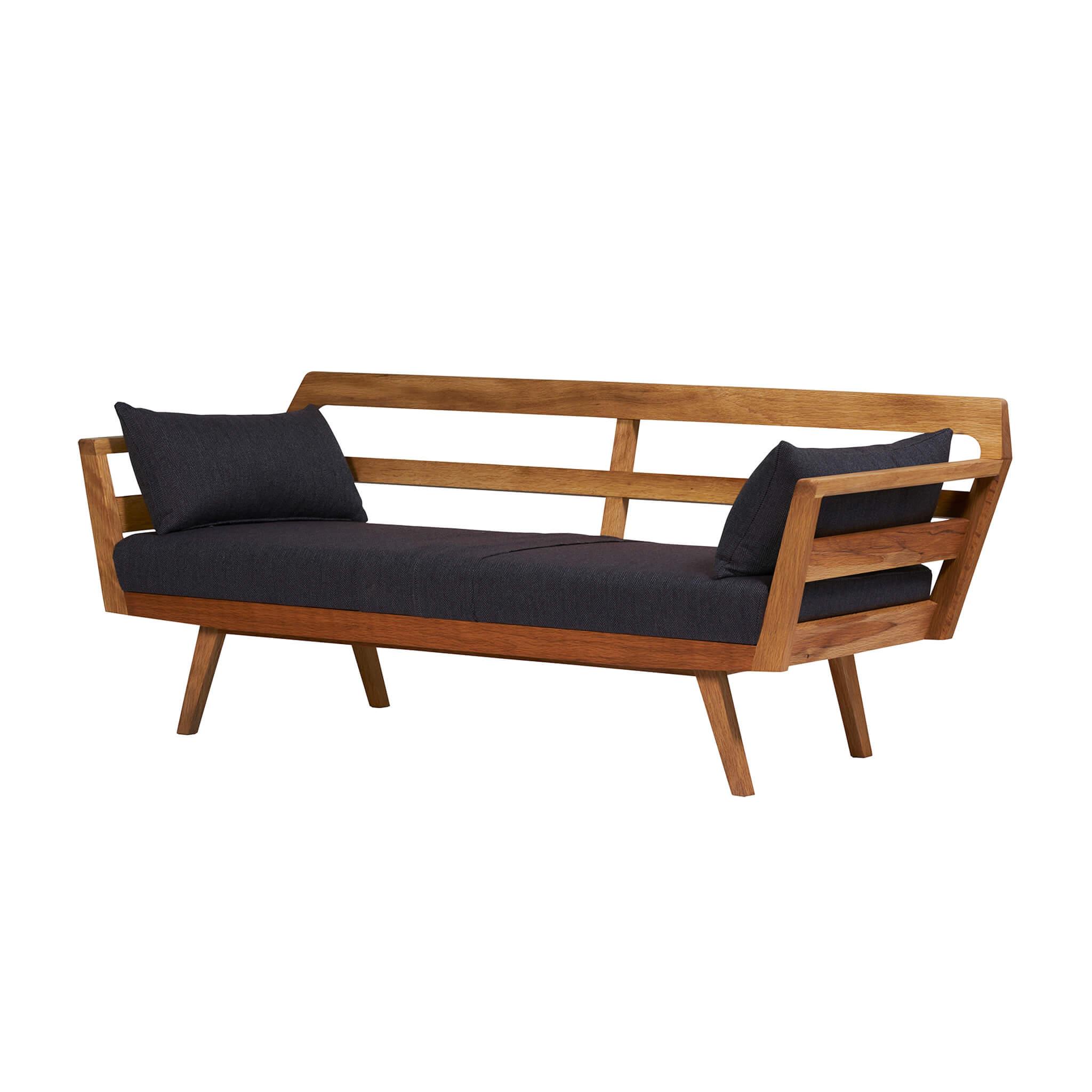 bulwark sofa 2.5p