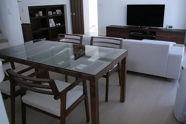 長崎県K様のコーディネート COMBO corner sofa + barco table + ibiza arm chair