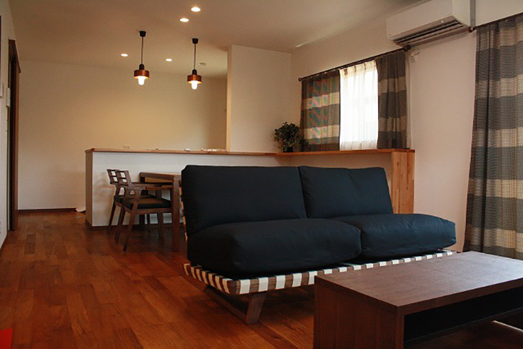 長崎県TD事務所様のコーディネート|balsa sofa 2.5p + ballena table + ibiza arm chair + ibiza bench