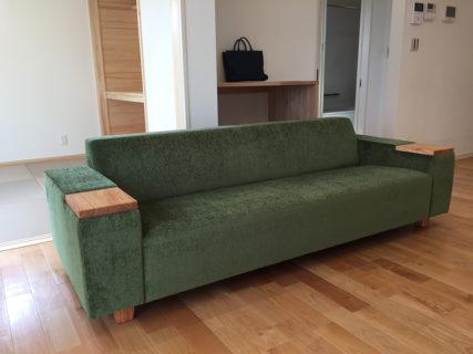 大村市モデルハウスのコーディネート|COMBO sofa 2p + stroke low table