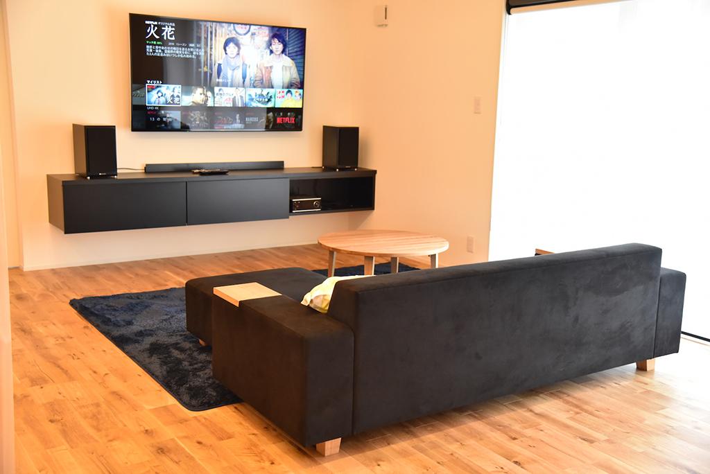 大分県 M様のコーディネート COMBO sofa 3p + COMBO ottoman + ちゃぶ台900