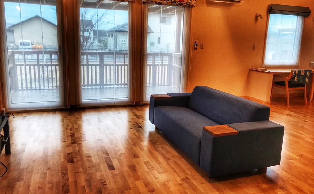 大分県 H様のコーディネート|COMBO sofa 2p + ballena table